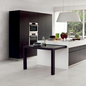 Bianco Trani Bocciardato (Floor-Special Order)/Bianco Trani Intreccio (Wall-Special Order)
