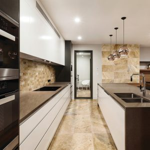 Picasso Travertine